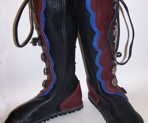 8 Button Boot Scallop B